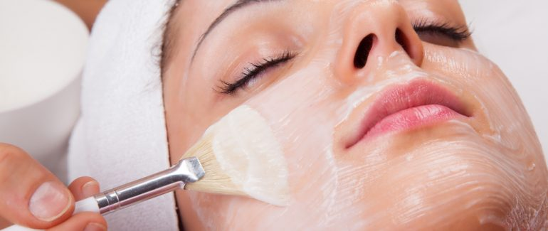 Compounded Skin Lightening Procedures That Banish Summer Skin